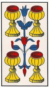 El 4 de Copas representa el lados superficial de cualquier persona.